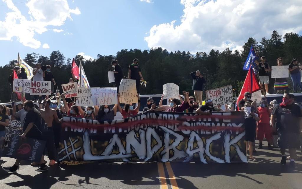 rushmore protesters 4